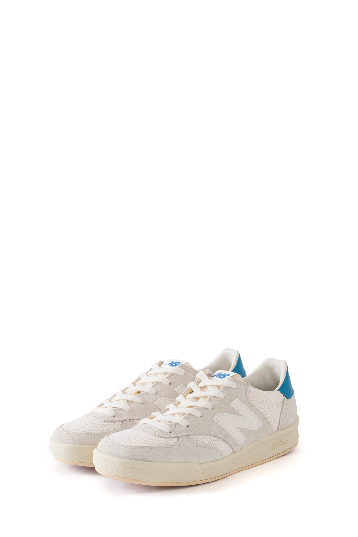New Balance : CRT300VW (White)