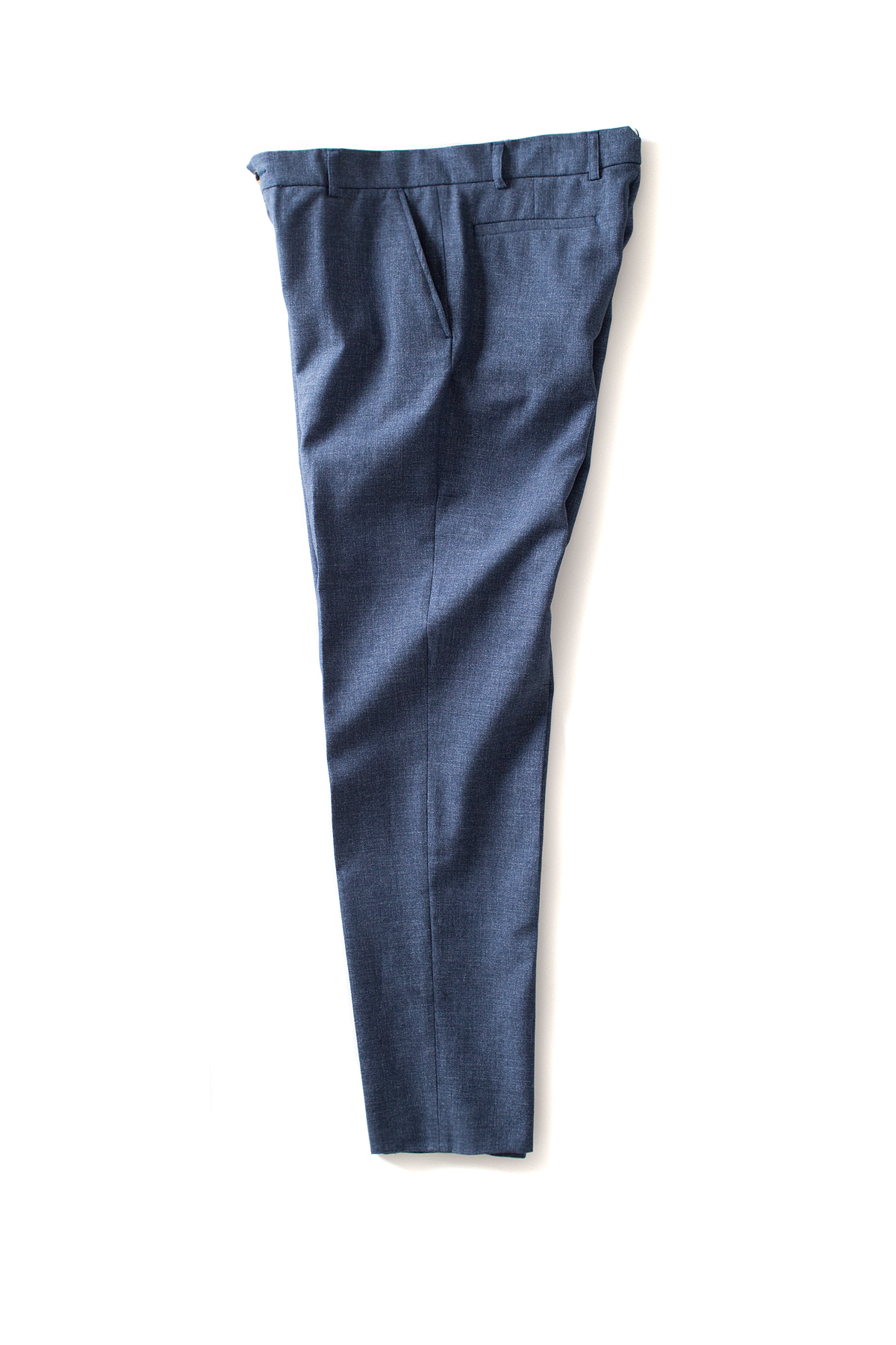 de bonne facture : Flat Front Carrot Trousers (Denim Blue)