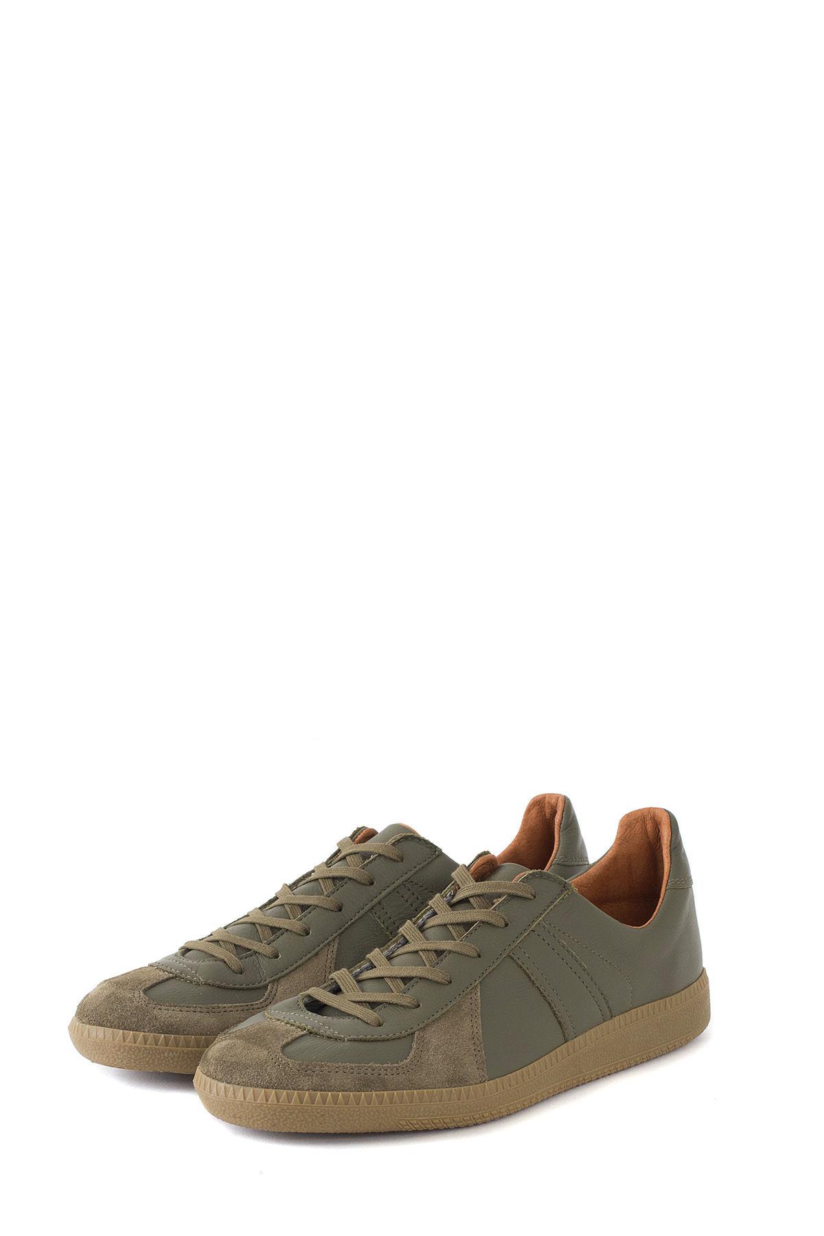 REPRODUCTION OF FOUND : German Military Trainer (Olive)