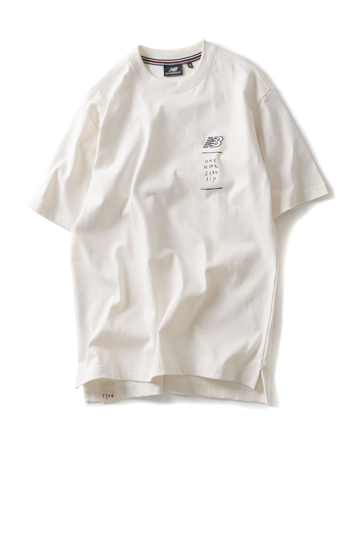 New Balance : UNI Drawing Pack Shoes In Square Tee (Ivory)