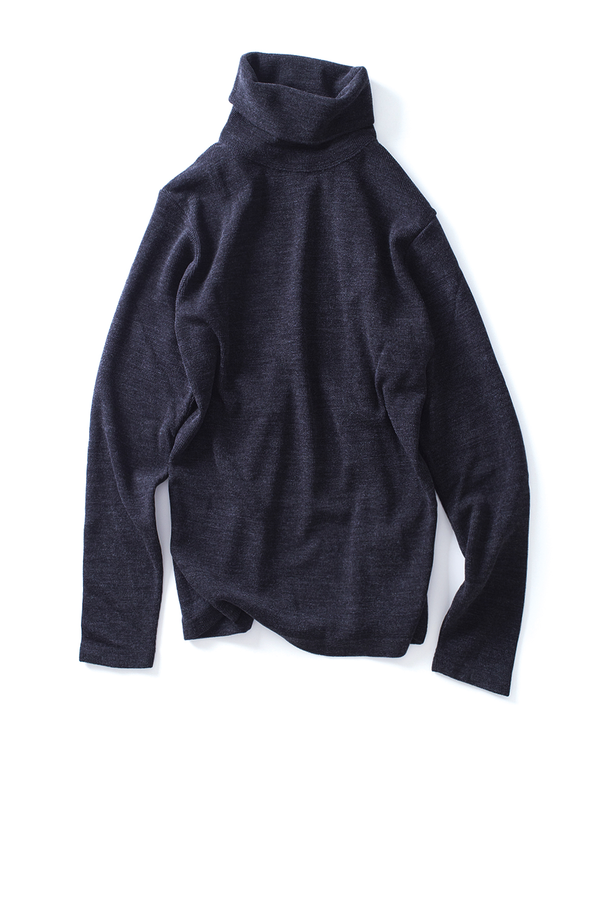 WHITE MOUNTAINEERING : Turtle Neck Pullover (Charcoal)