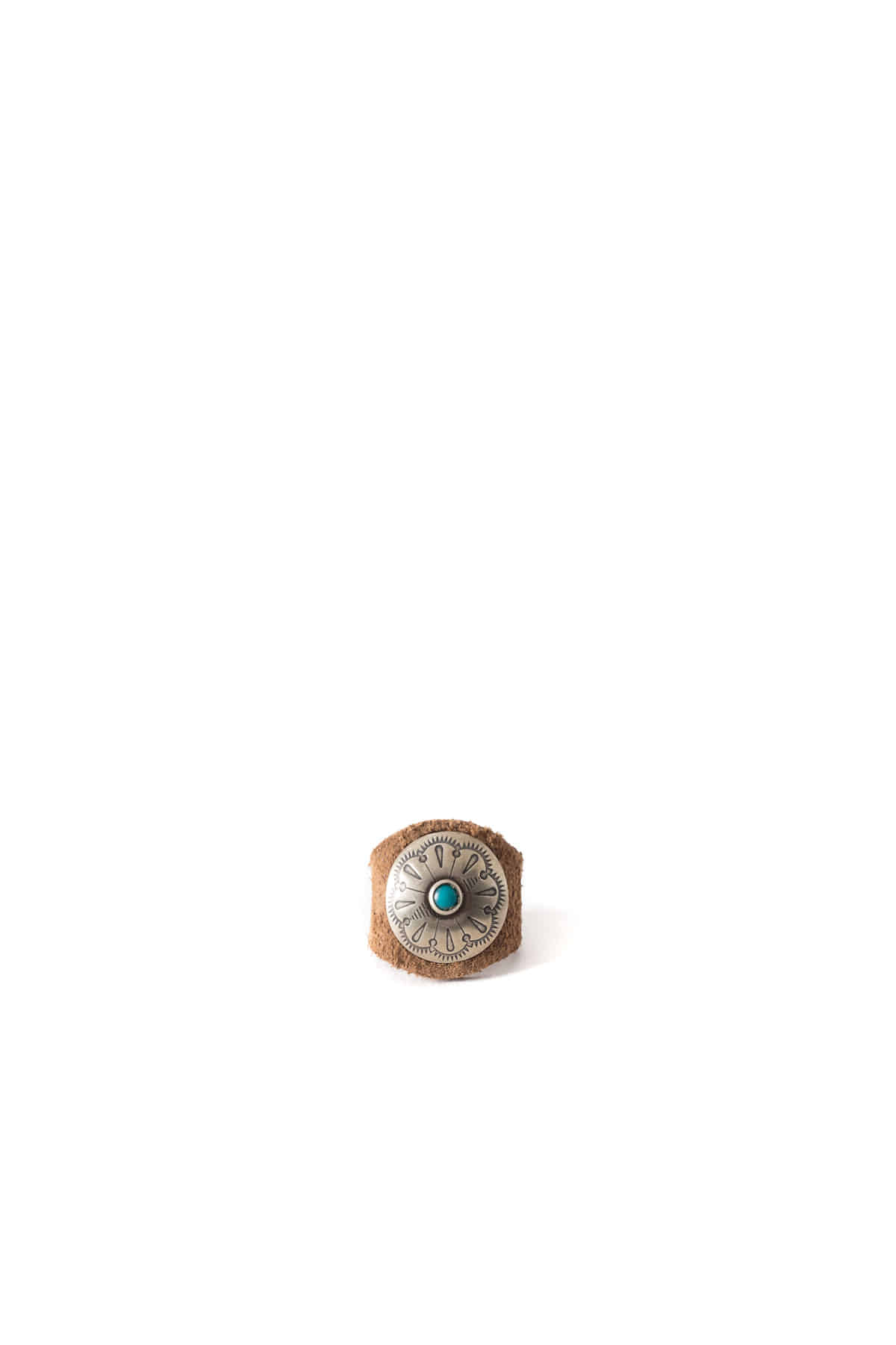 Yuketen : Leather Ring W/Concho (Khaki)