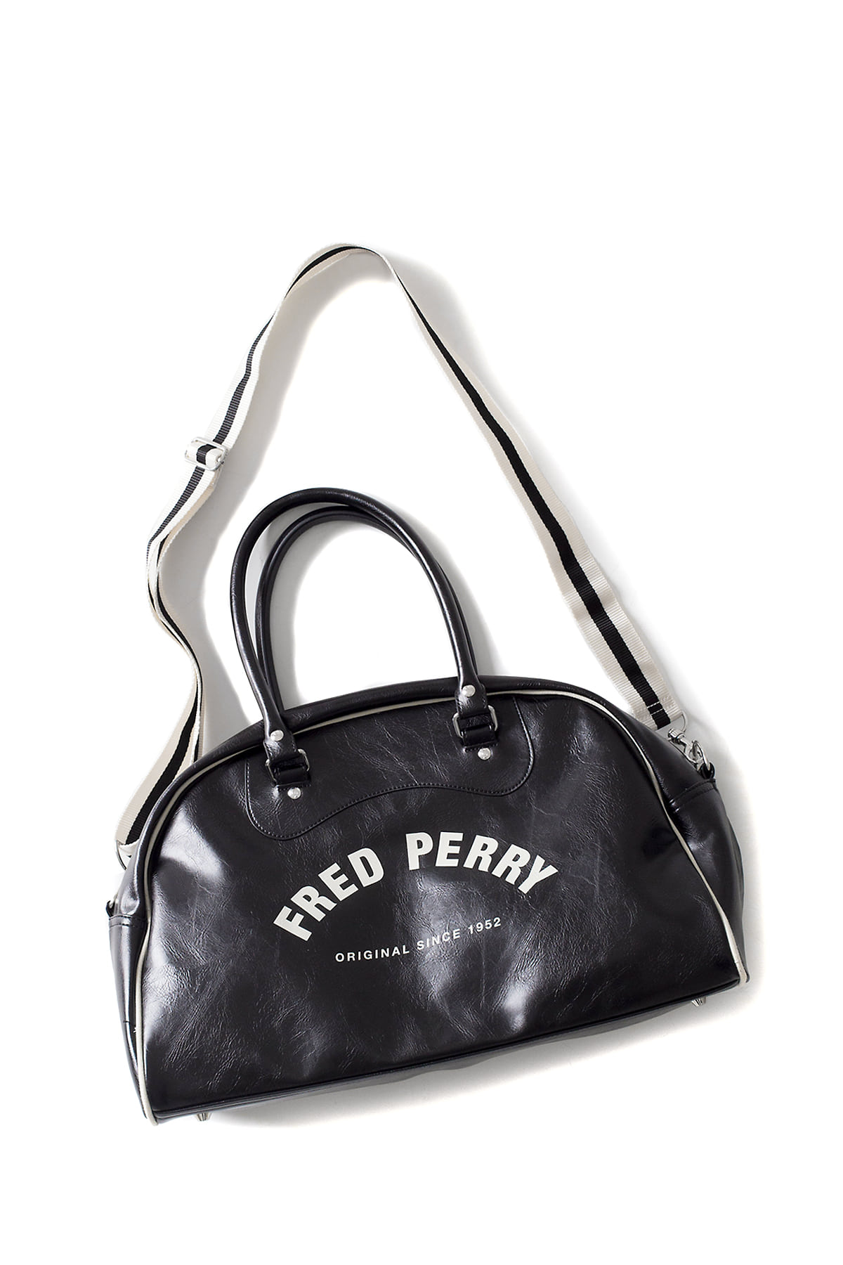 FRED PERRY : Classic Grip Bag (Black / Ecru)