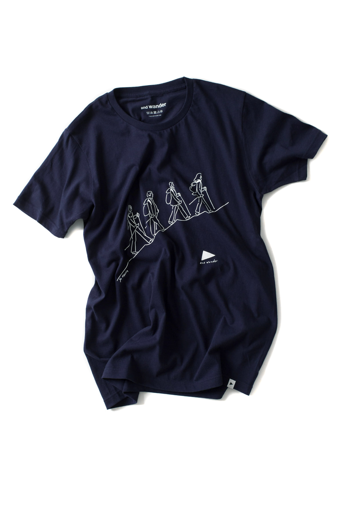 and wander : Hiker T-Shirt (Navy)