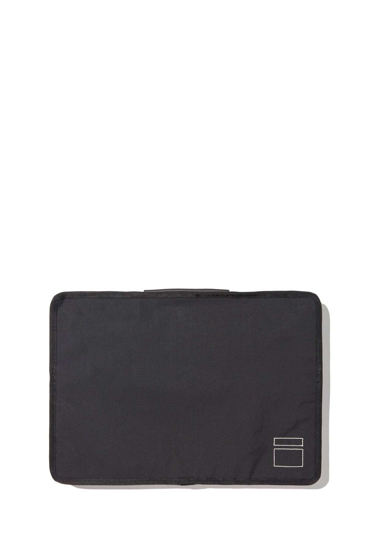 Blankof : CLG 01 AM15 Macbook Case 15 (Black)