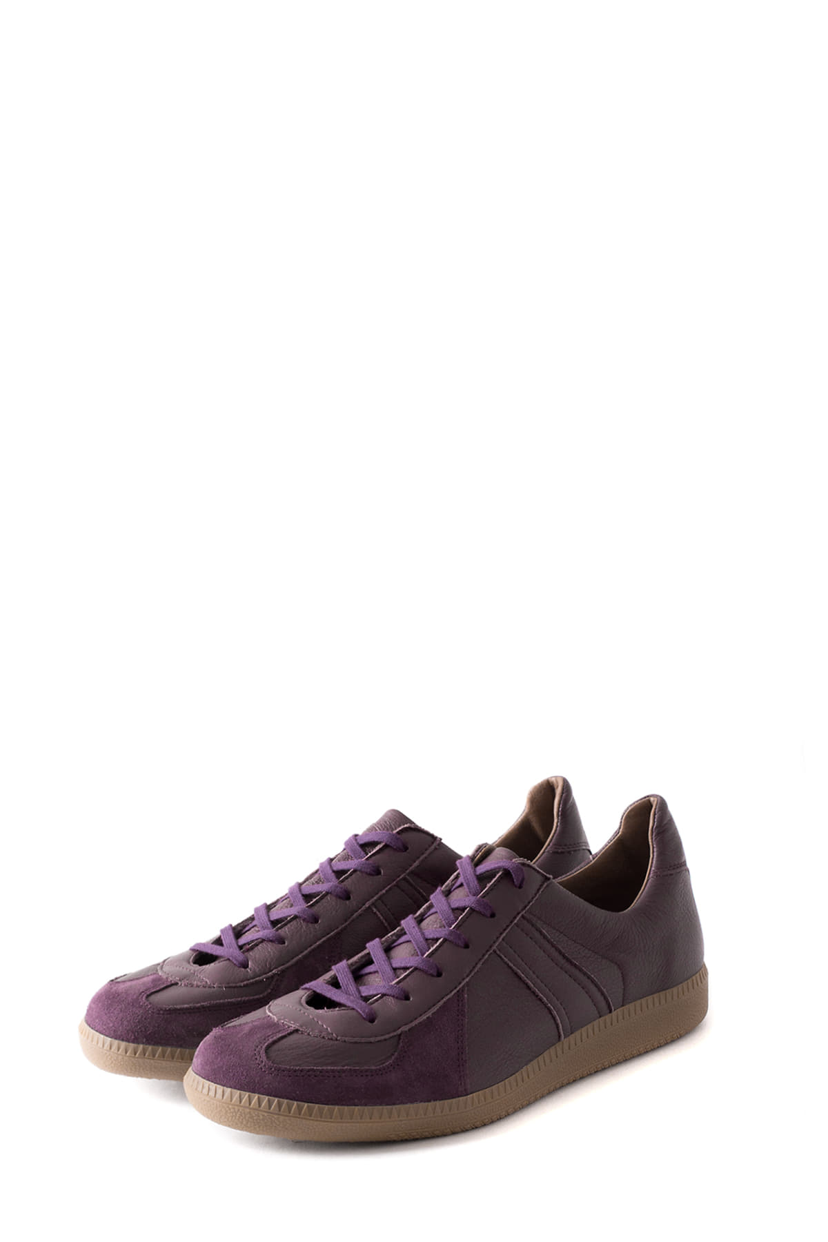 REPRODUCTION OF FOUND : German Military Trainer (Purple)