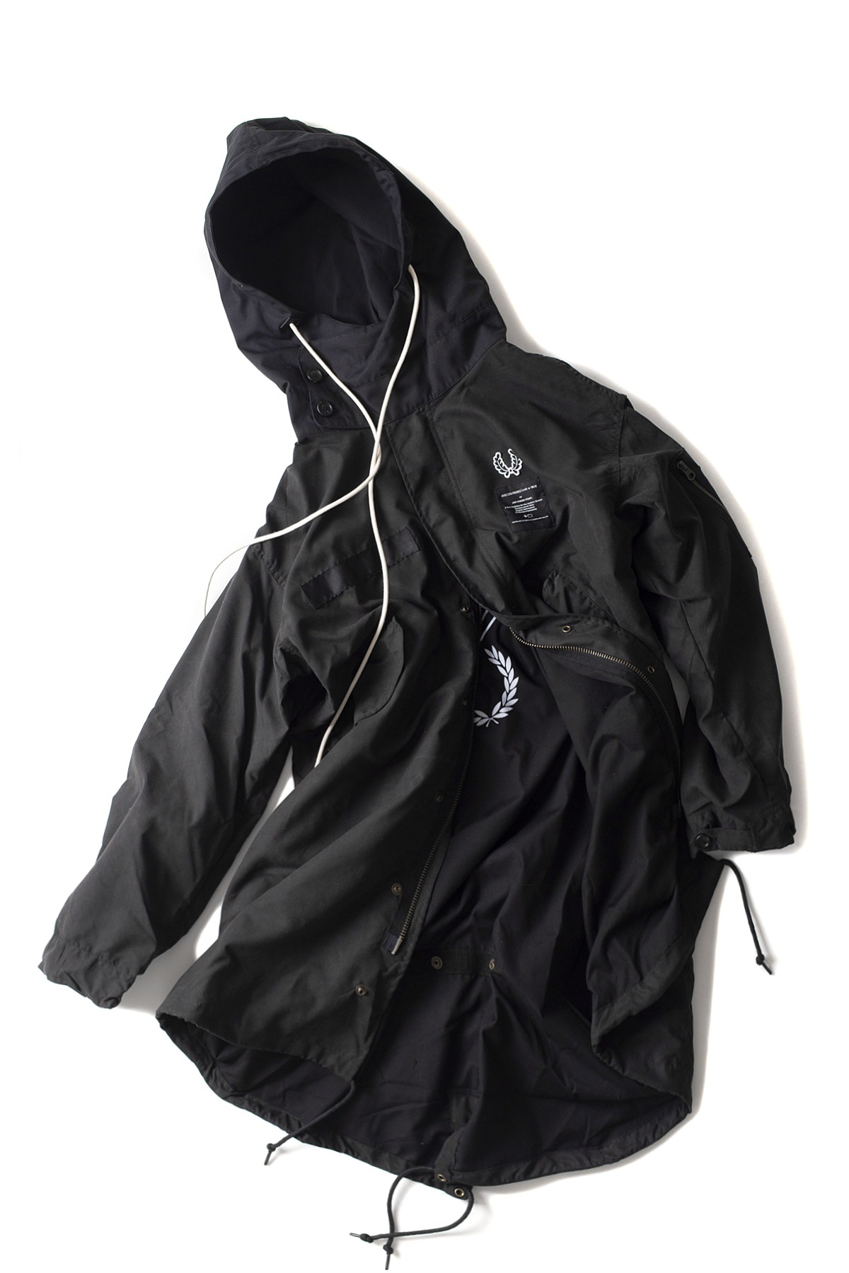 FRED PERRY : Printed Parka (Black)