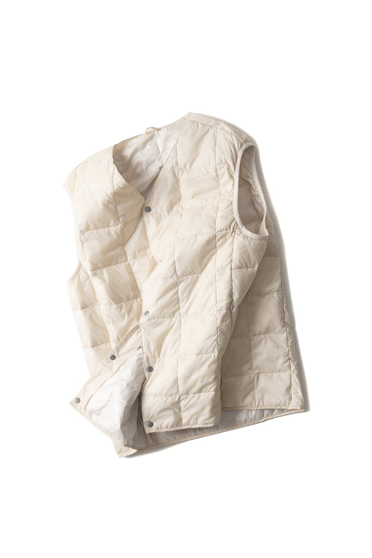 TAION :  V Neck Button Down Vest (Off White)