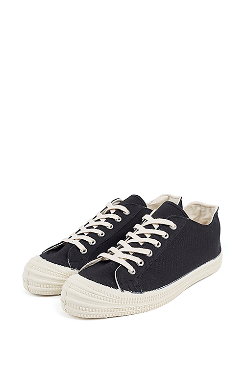 Barns Outfitters : Sneakers (Black)