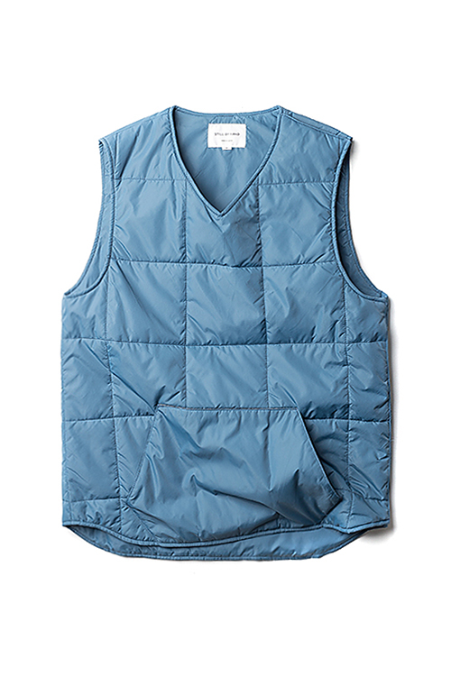 Still By Hand : Pullover Vest (Blue)